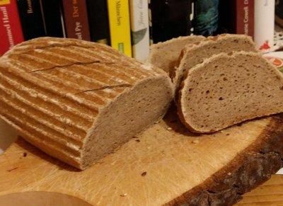 glutenfreies FKK-Brot (Fenchel-Kümmel-Koriander)